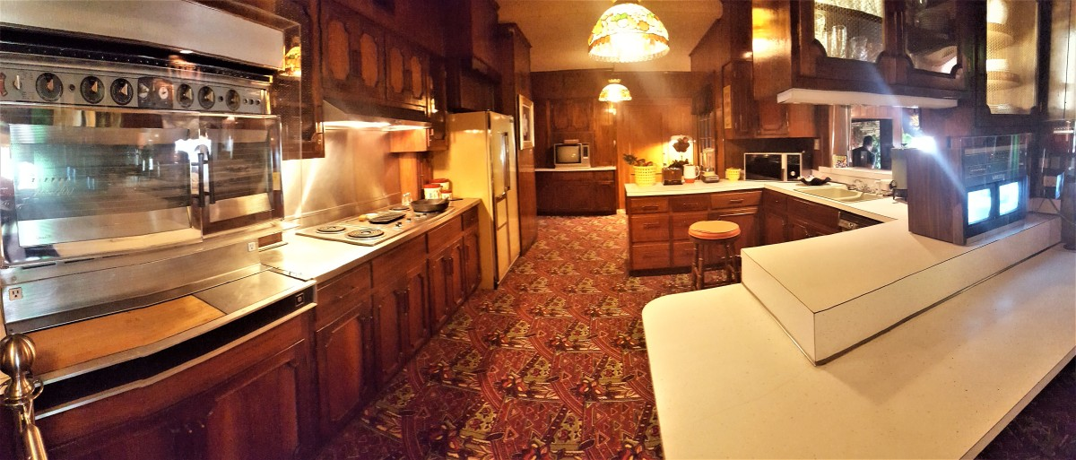 Graceland kitchen.jpg