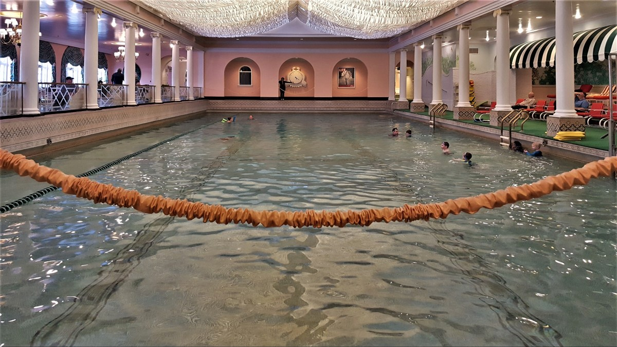 pool end