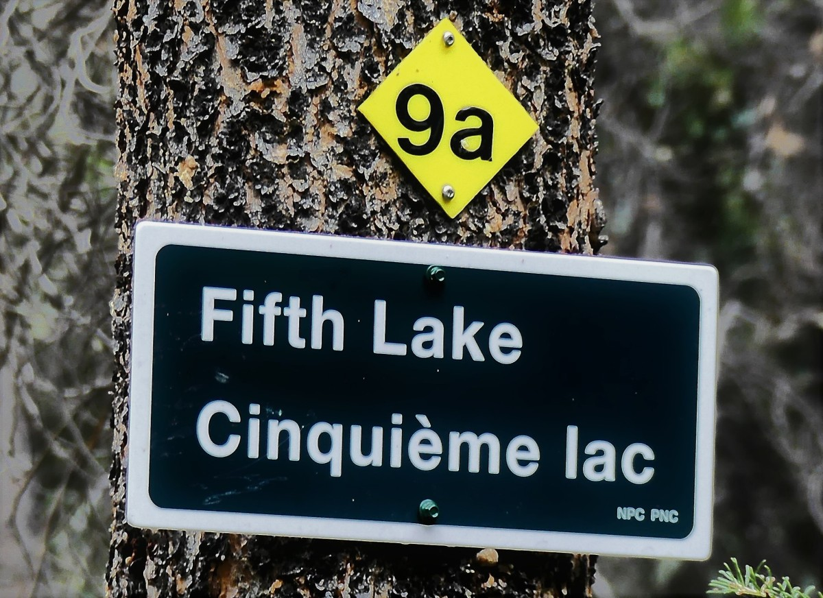 5th lake sign