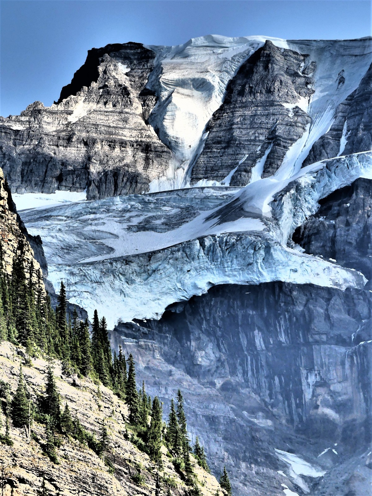 glacier on the mountain