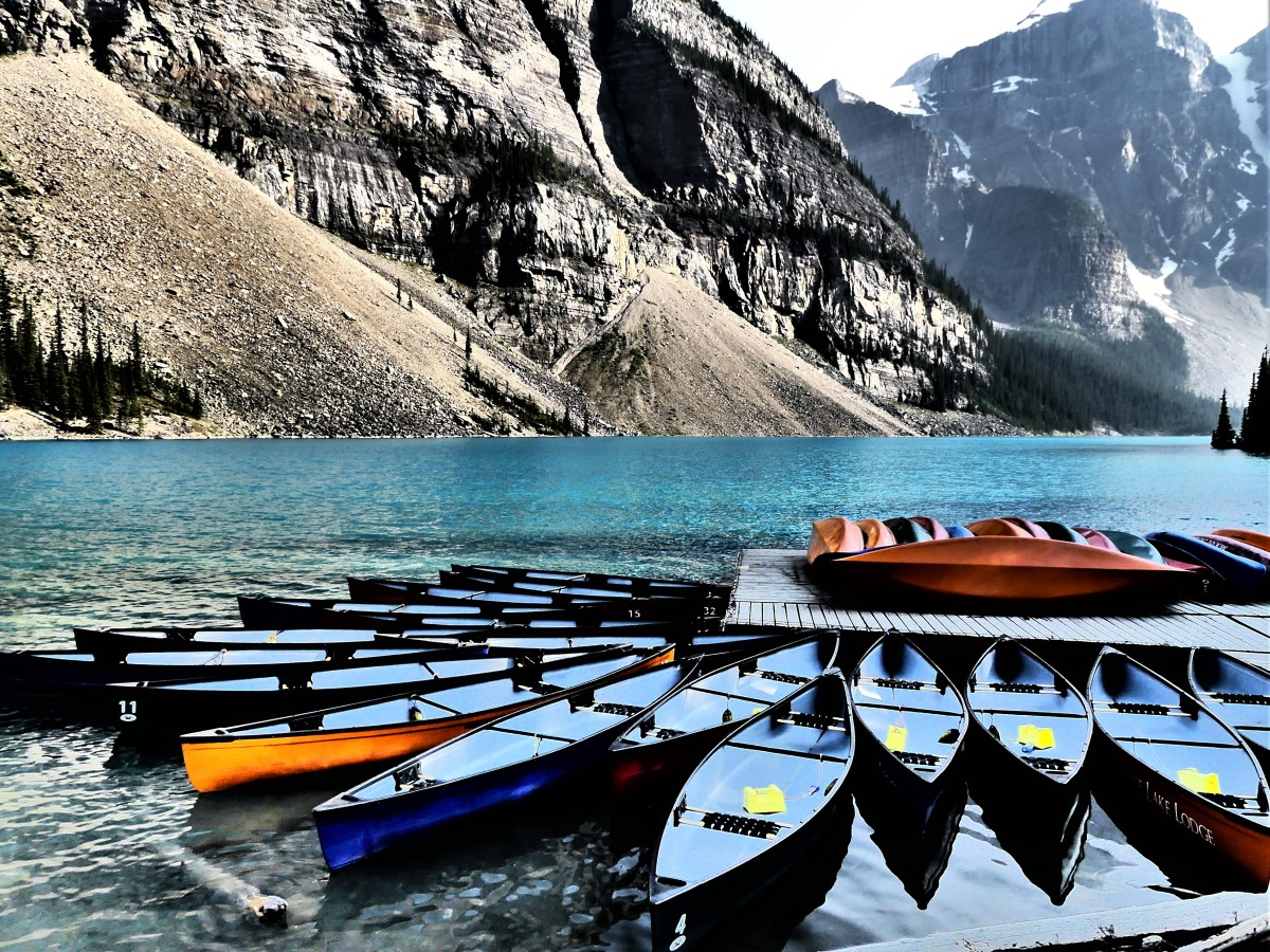 Lake Moraine canoe rental