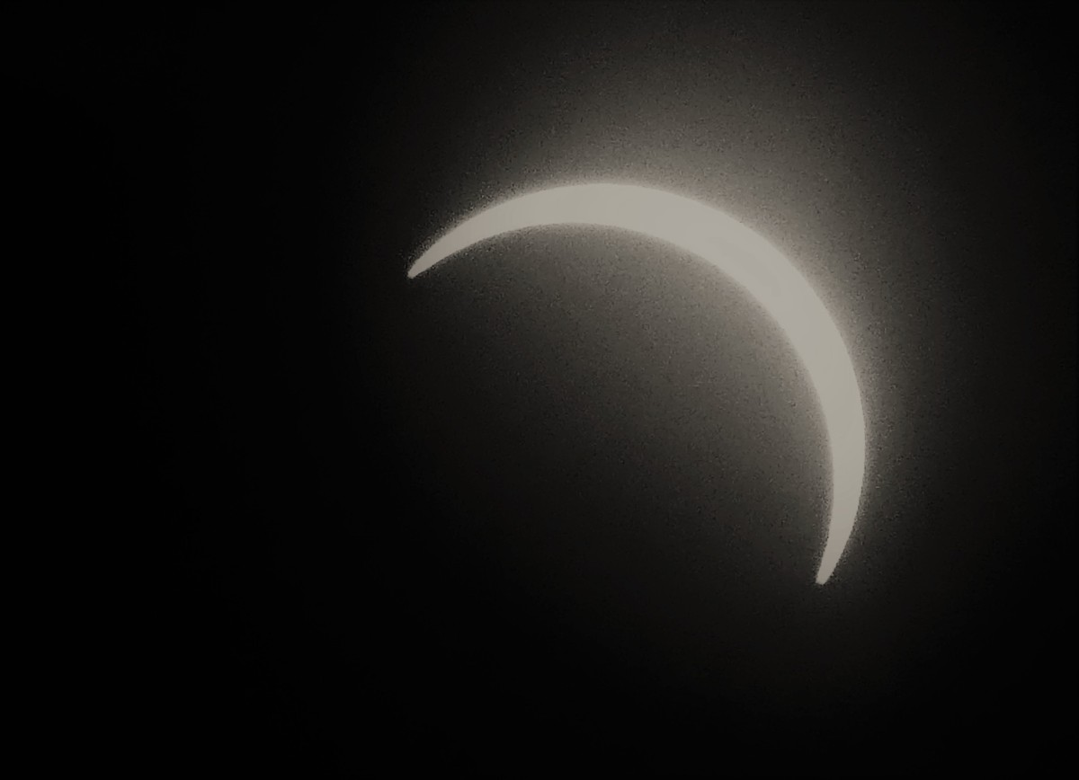 partial eclipse (3)