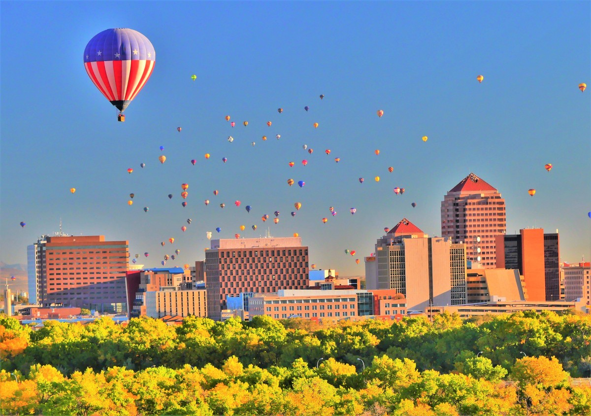 Balloons over Albuquerque (2)