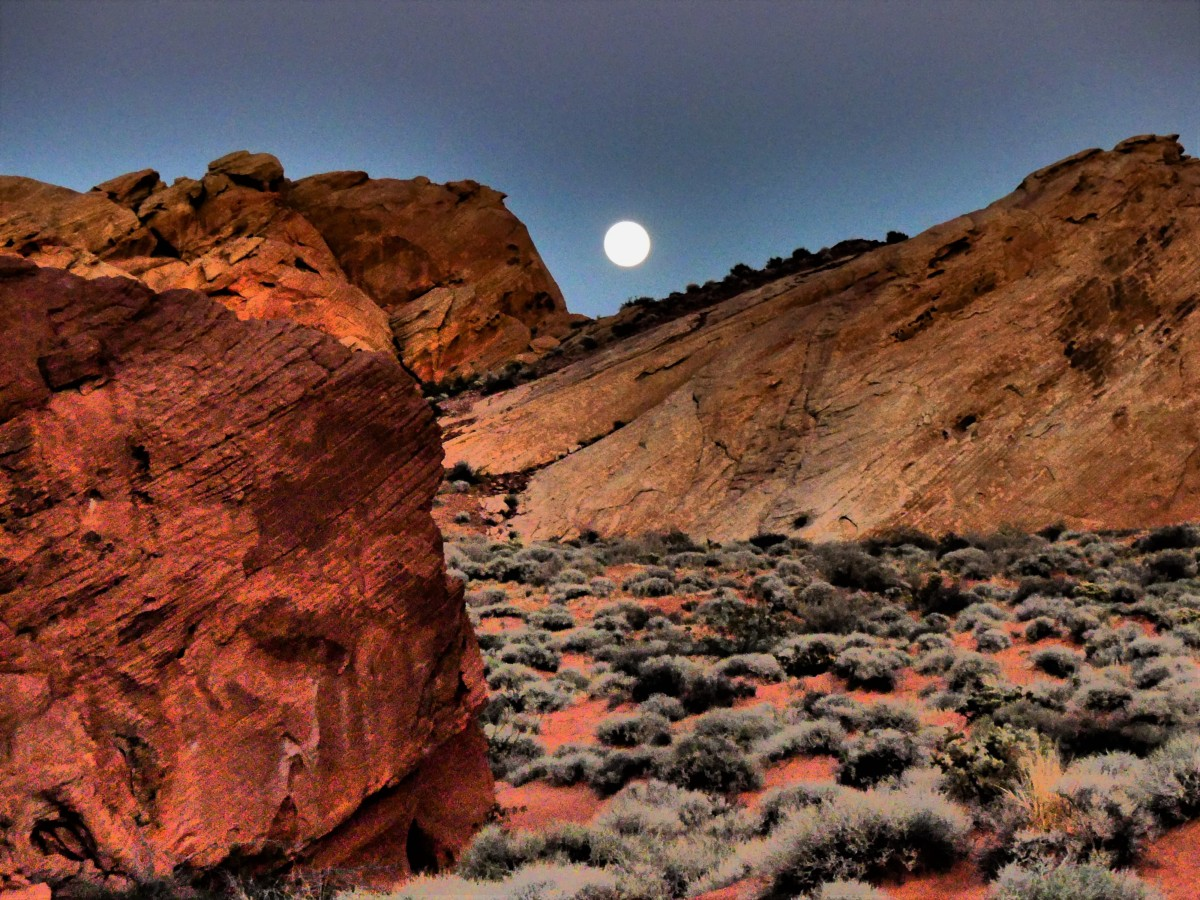 moonrise over fire canyon (2).jpg