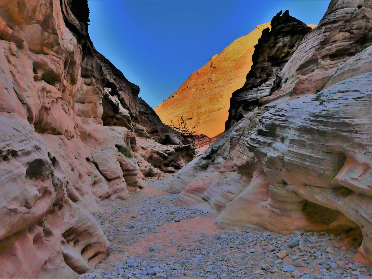 slot canyon2