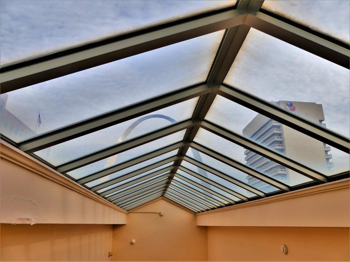 Arch thru courthouse skylight