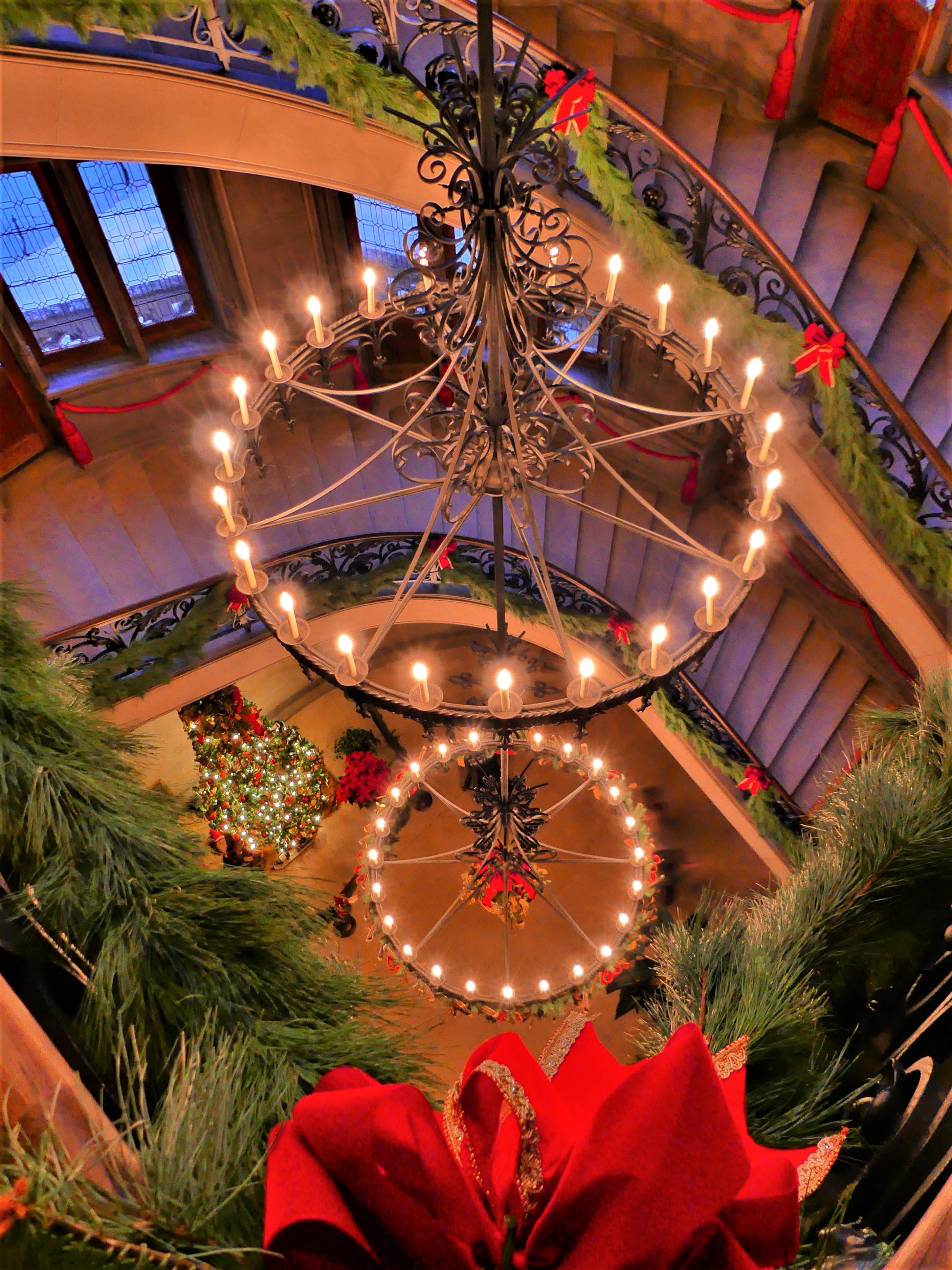 garland staircase