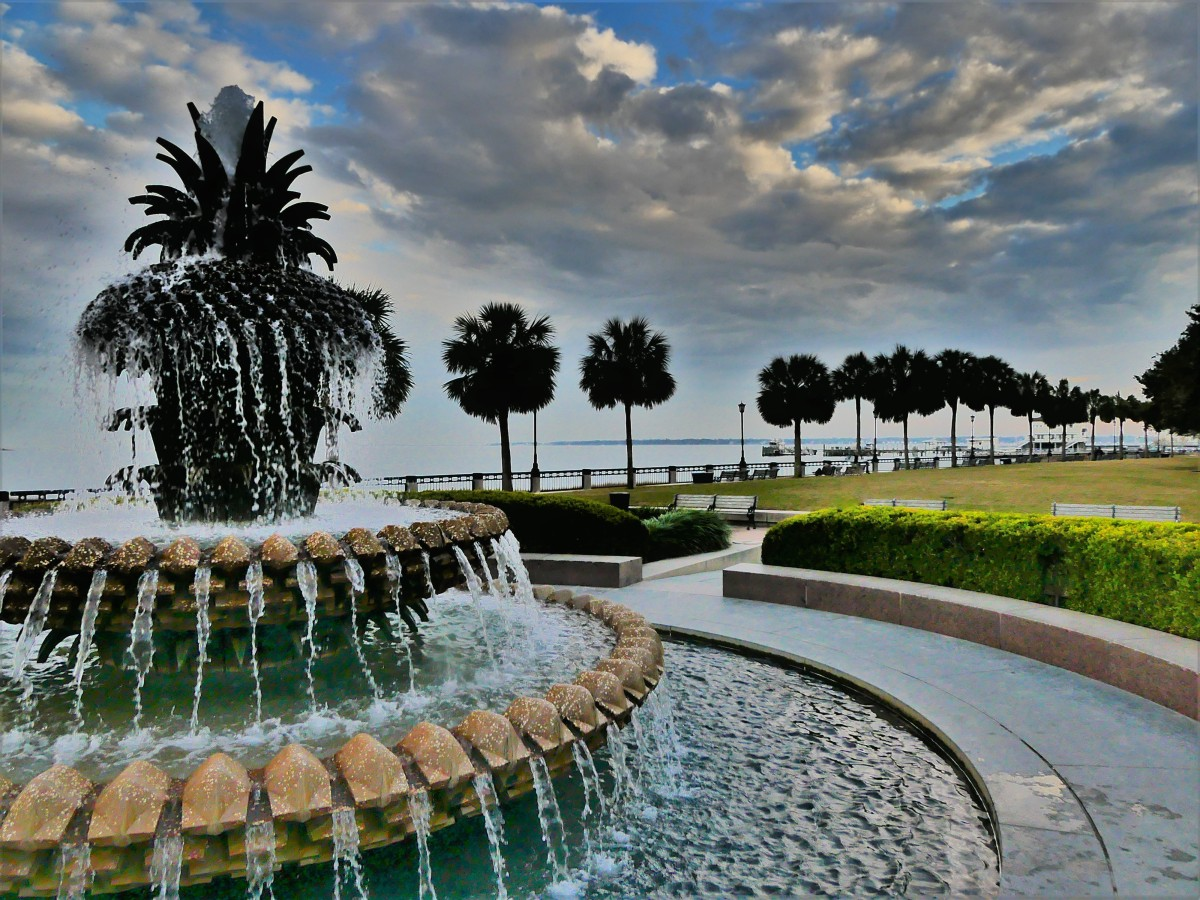 waterfront park and fountain (3)