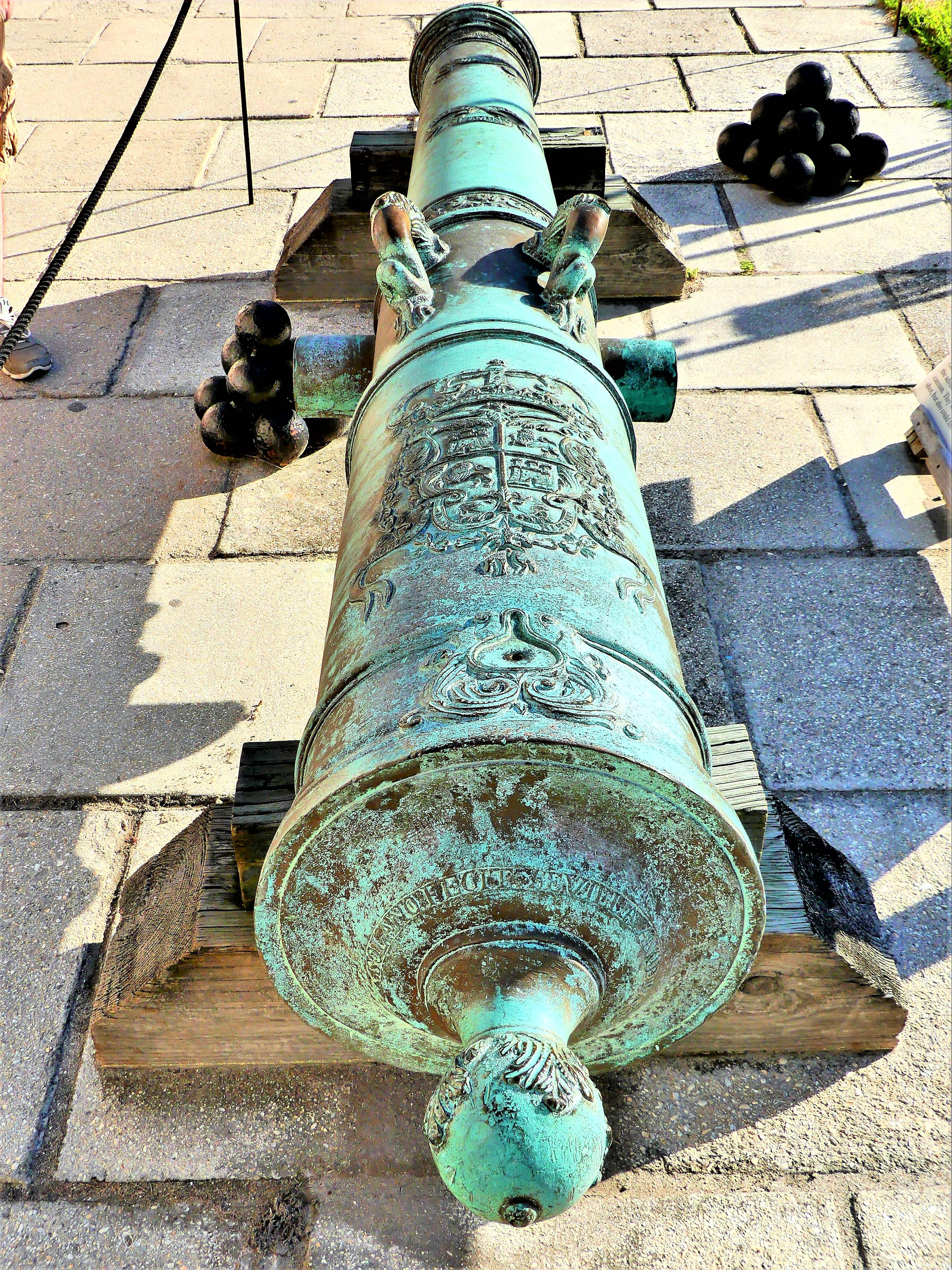 cannon crest
