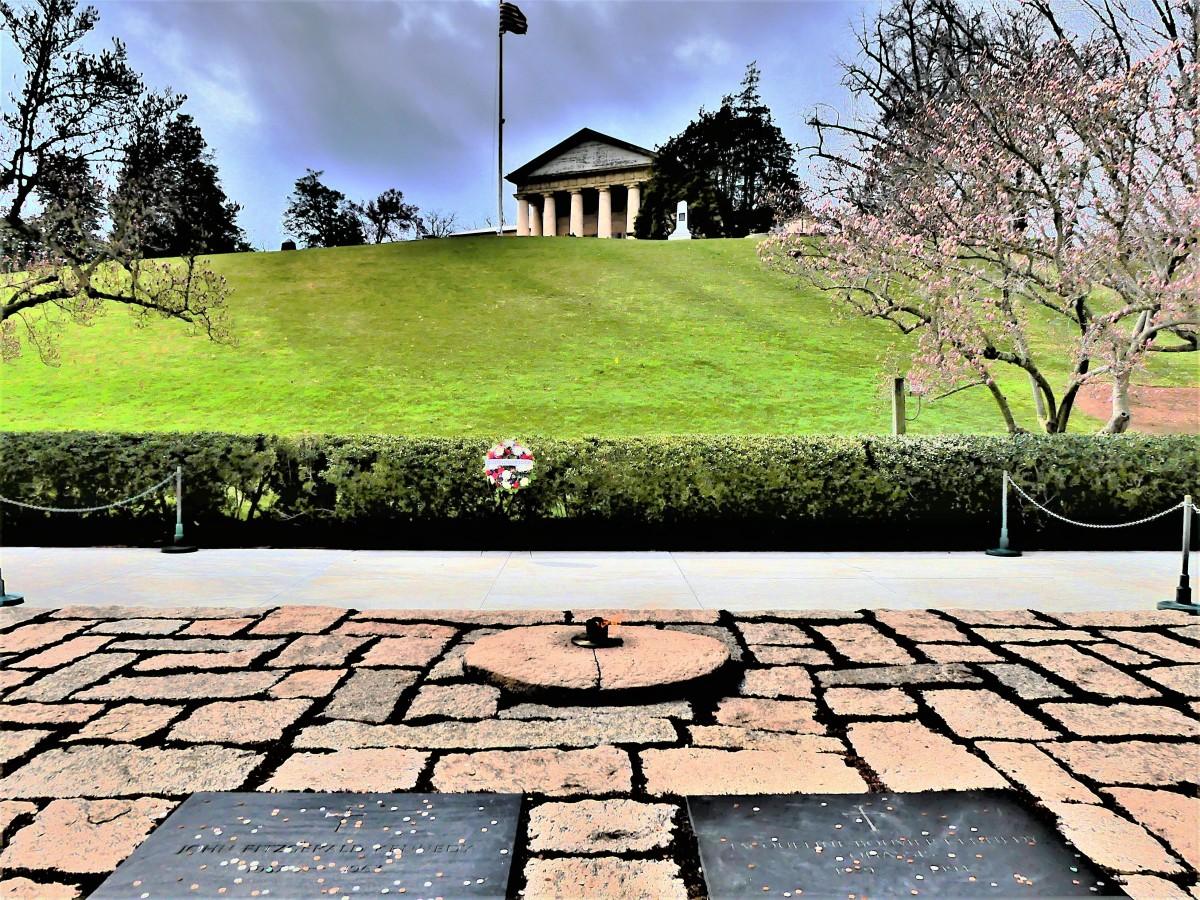 JFK grave