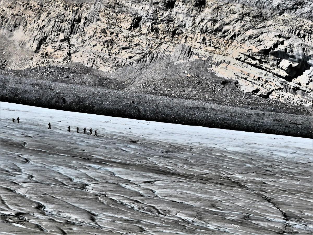 Athabasca Glacier trail1