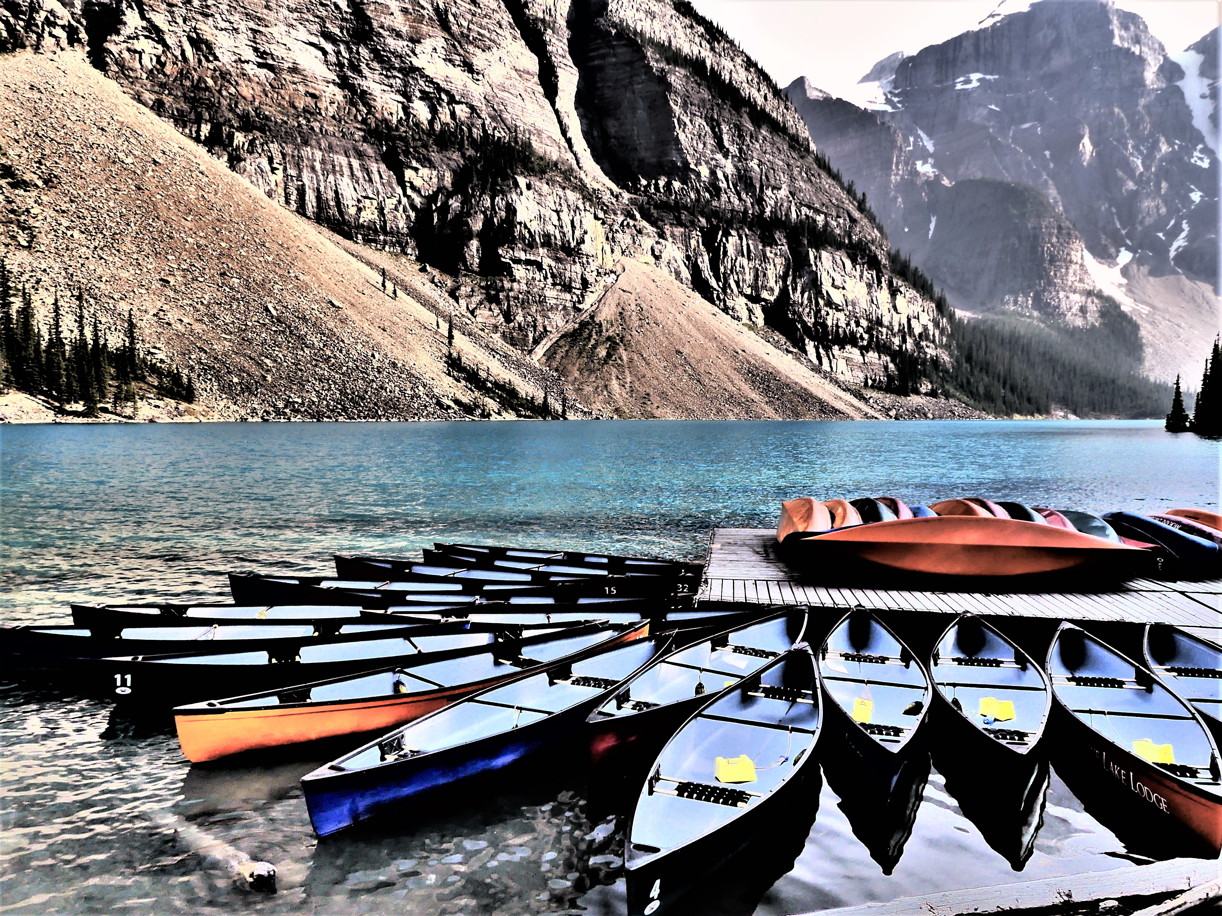 Lake Moraine canoe rental