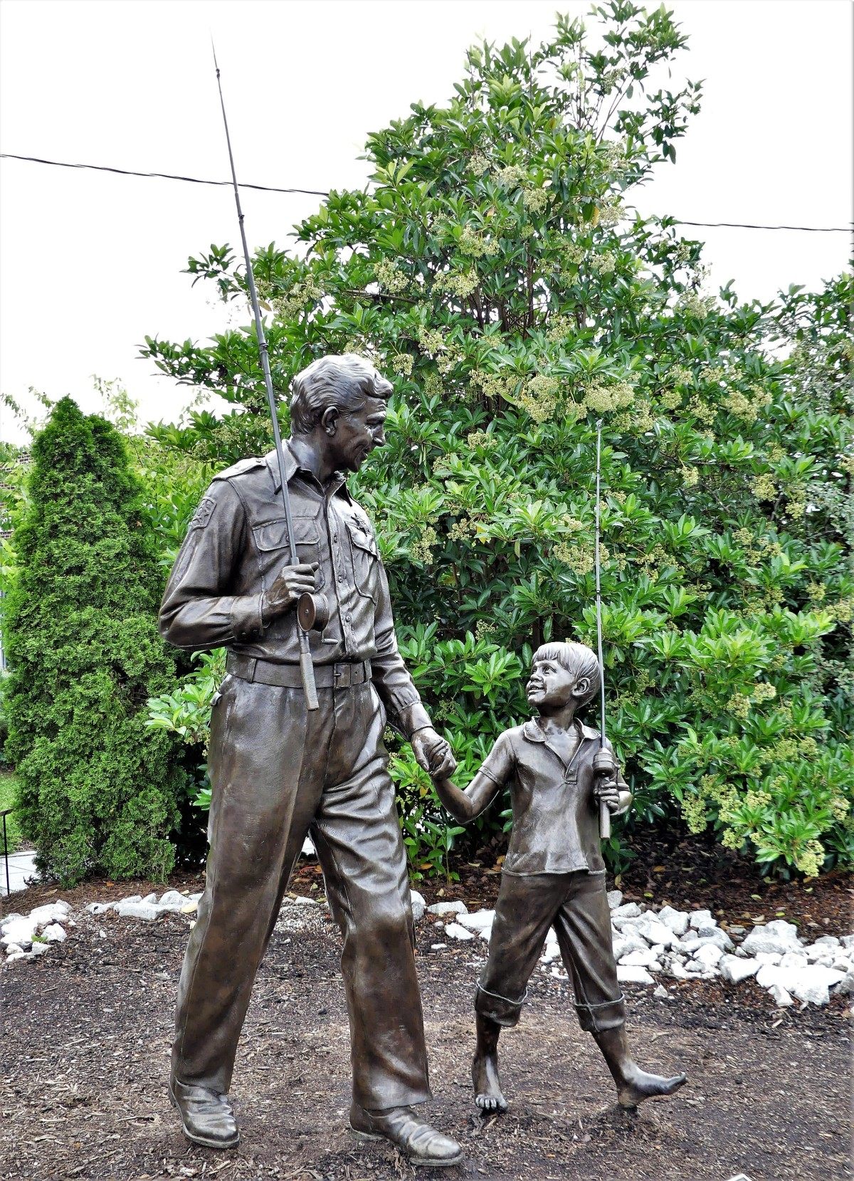 Andy and Opie going fishing sculpture