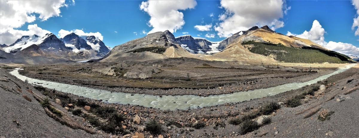 Athabasca River, Jasper NP.jpg