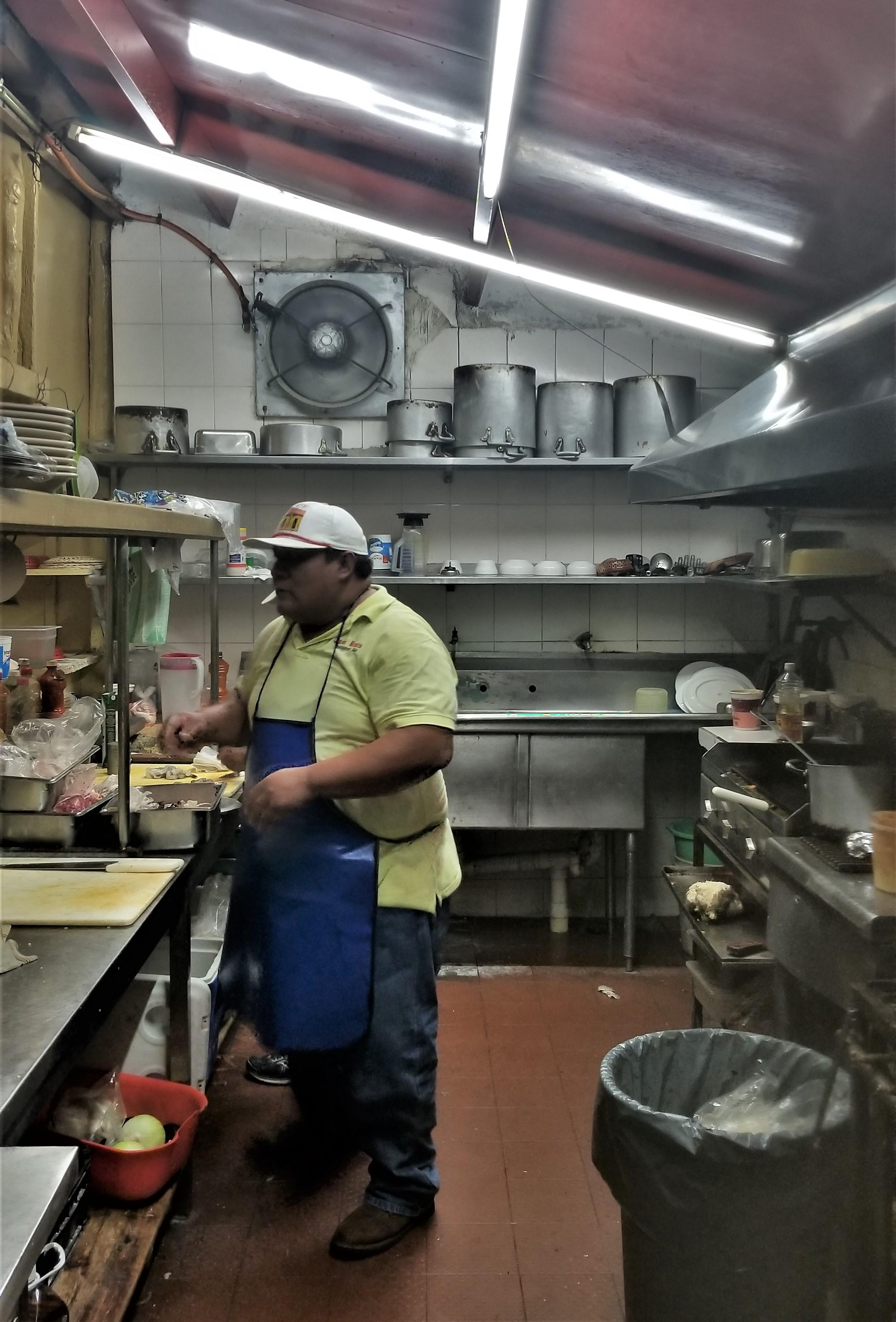 casa denis kitchen