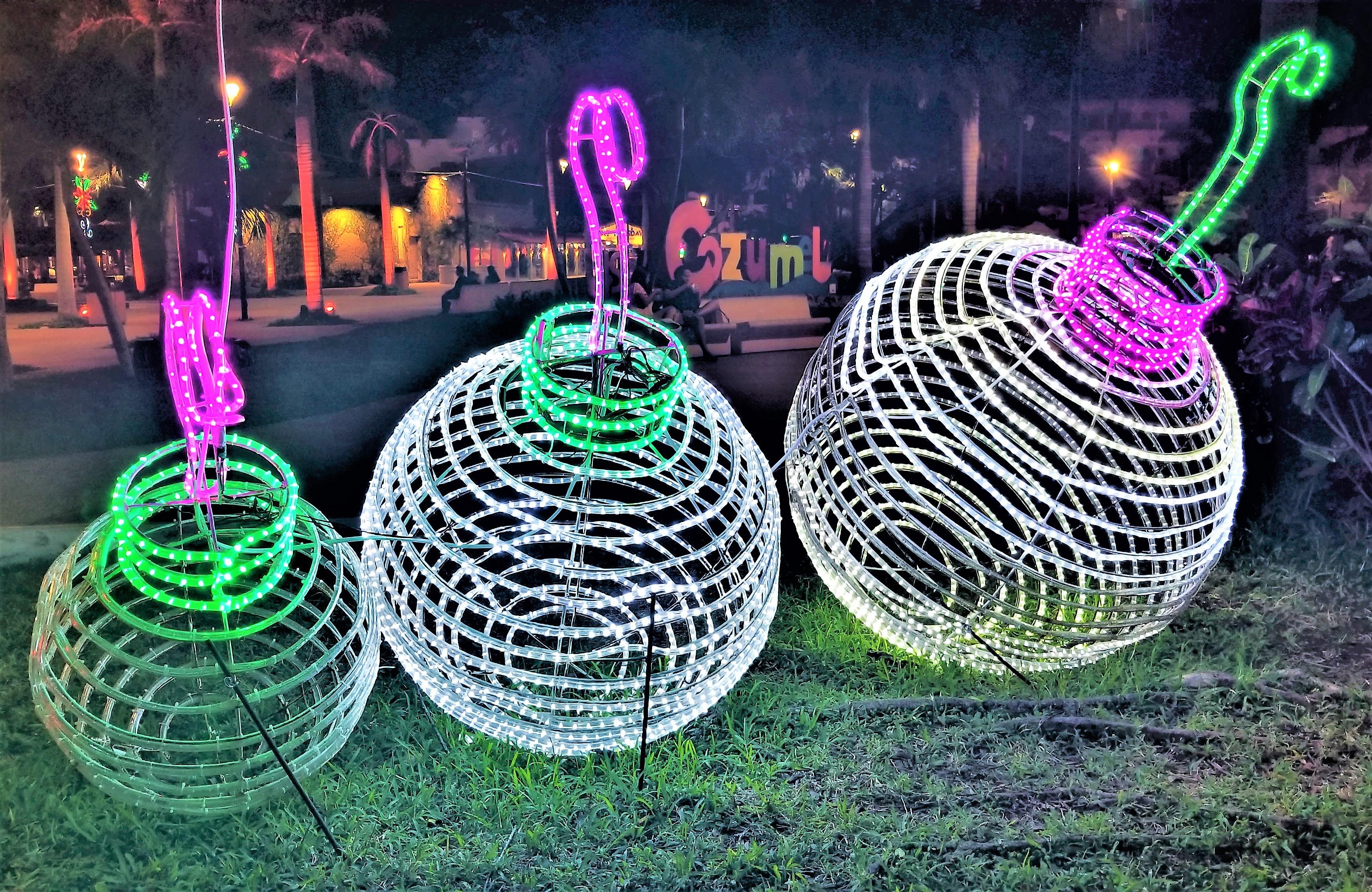 centro ornaments (2)