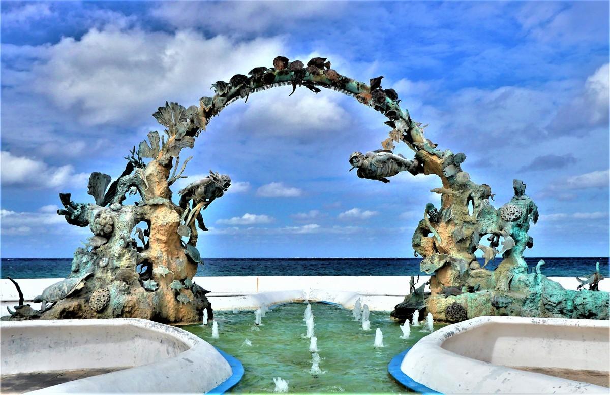diver' fountain (2)