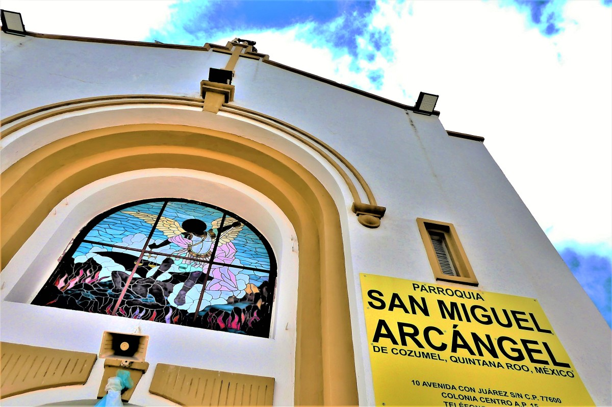 San Miguel stained glass (3)