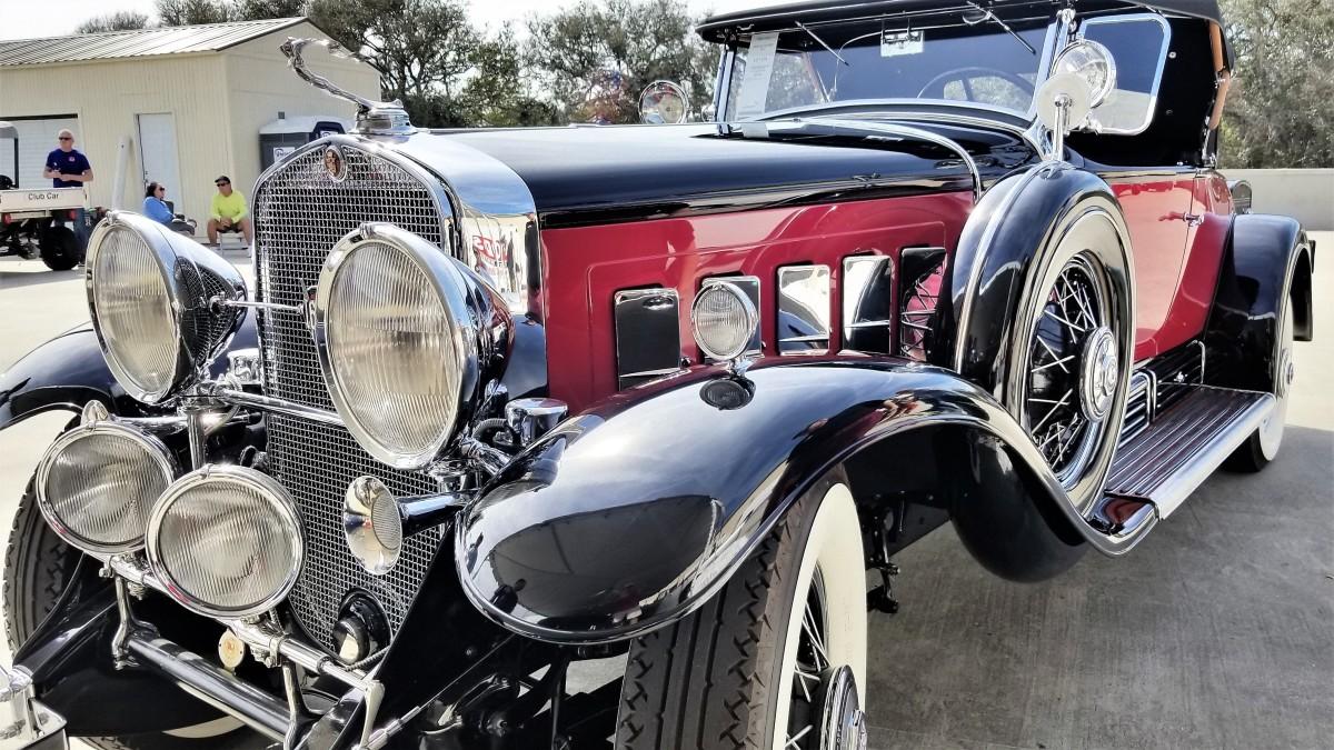1930 Cadillac (2)