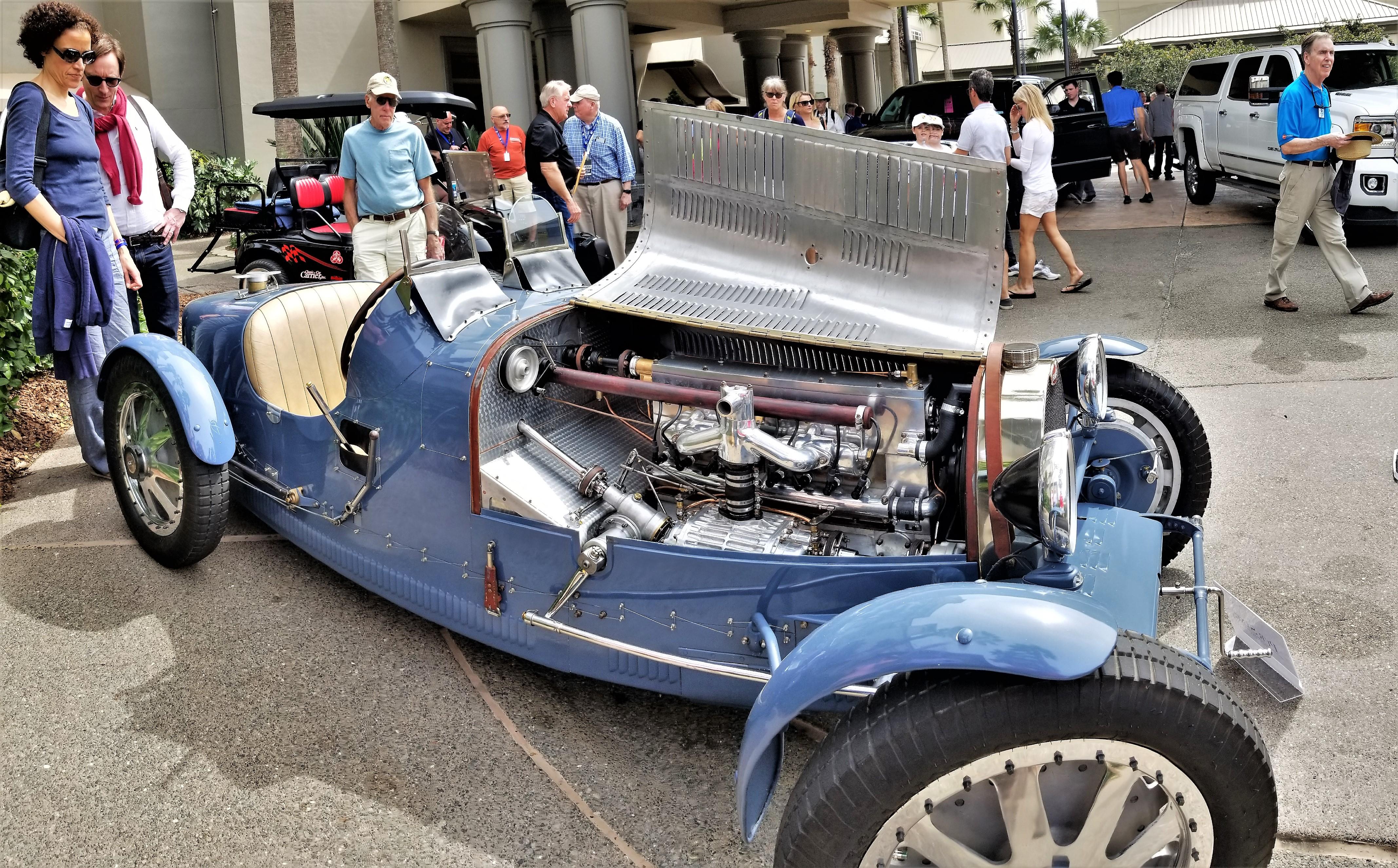 Bugatti racing engine