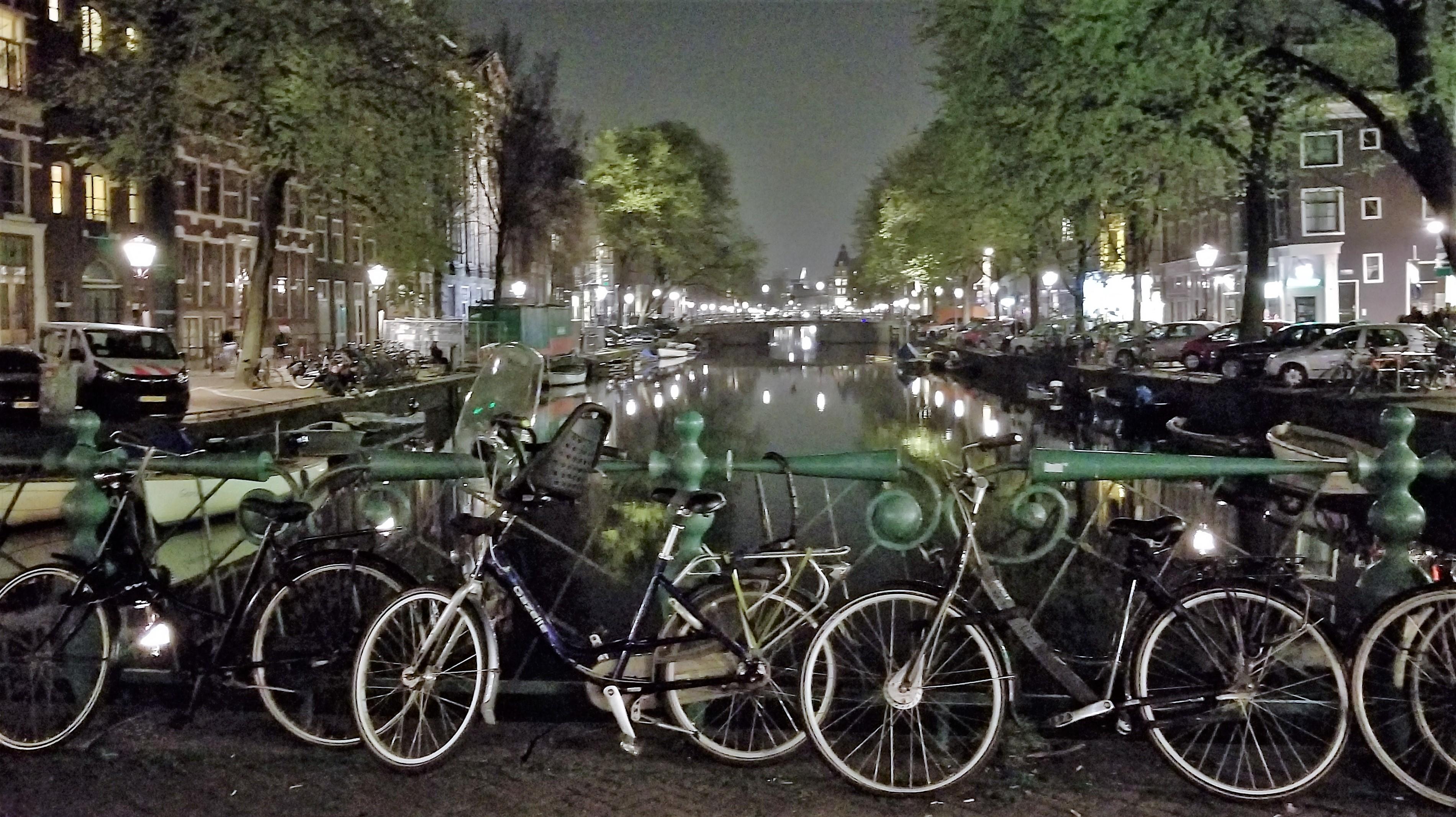 bikes at nite