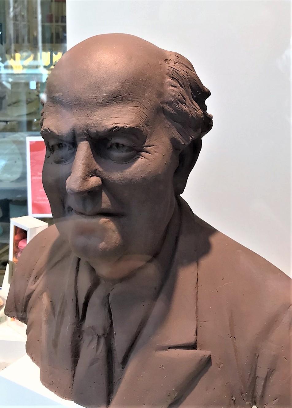 Jean Neuhaus (2)