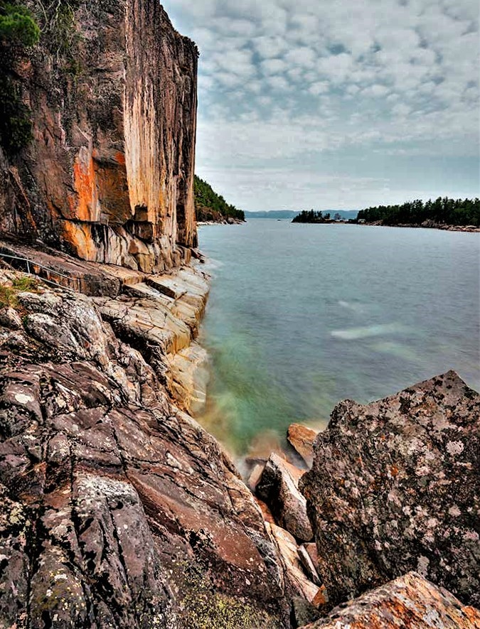 Agawa Rock Lake Superior (3)