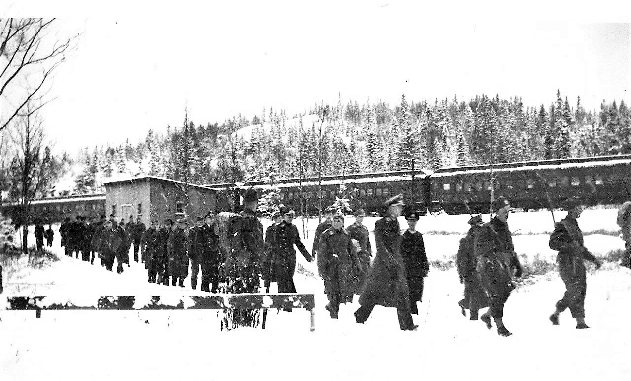 Prisoners arriving (2)