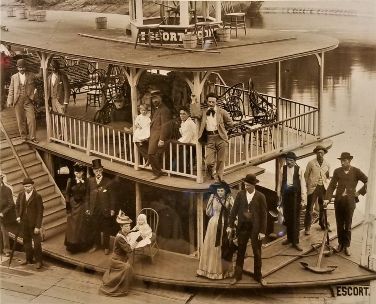 Escort 1892