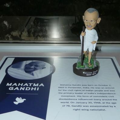 Ghandi (2)