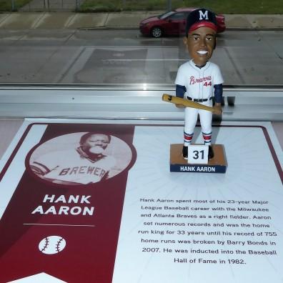Hank Aaron (2)