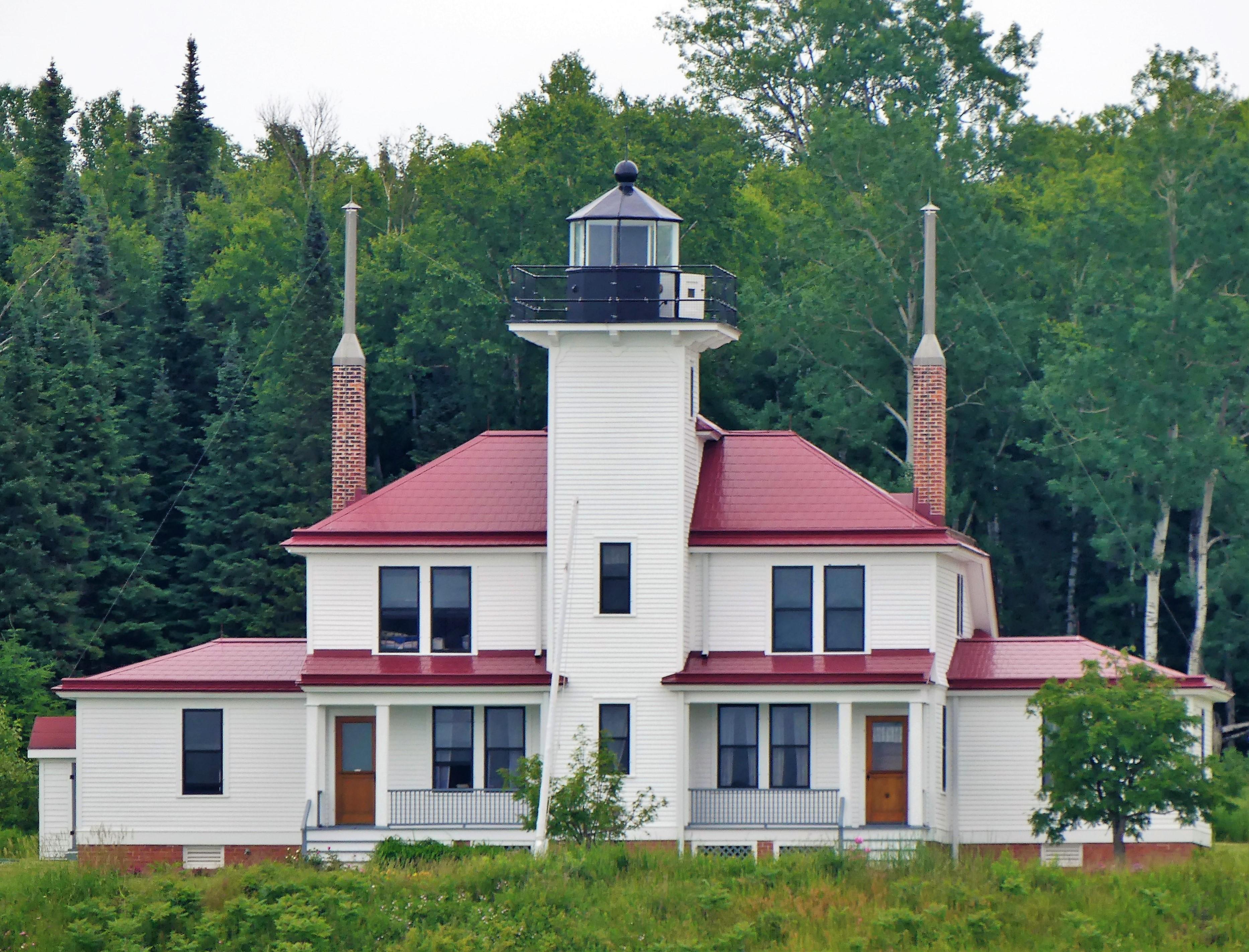 Raspberry Island lighthouse (2)