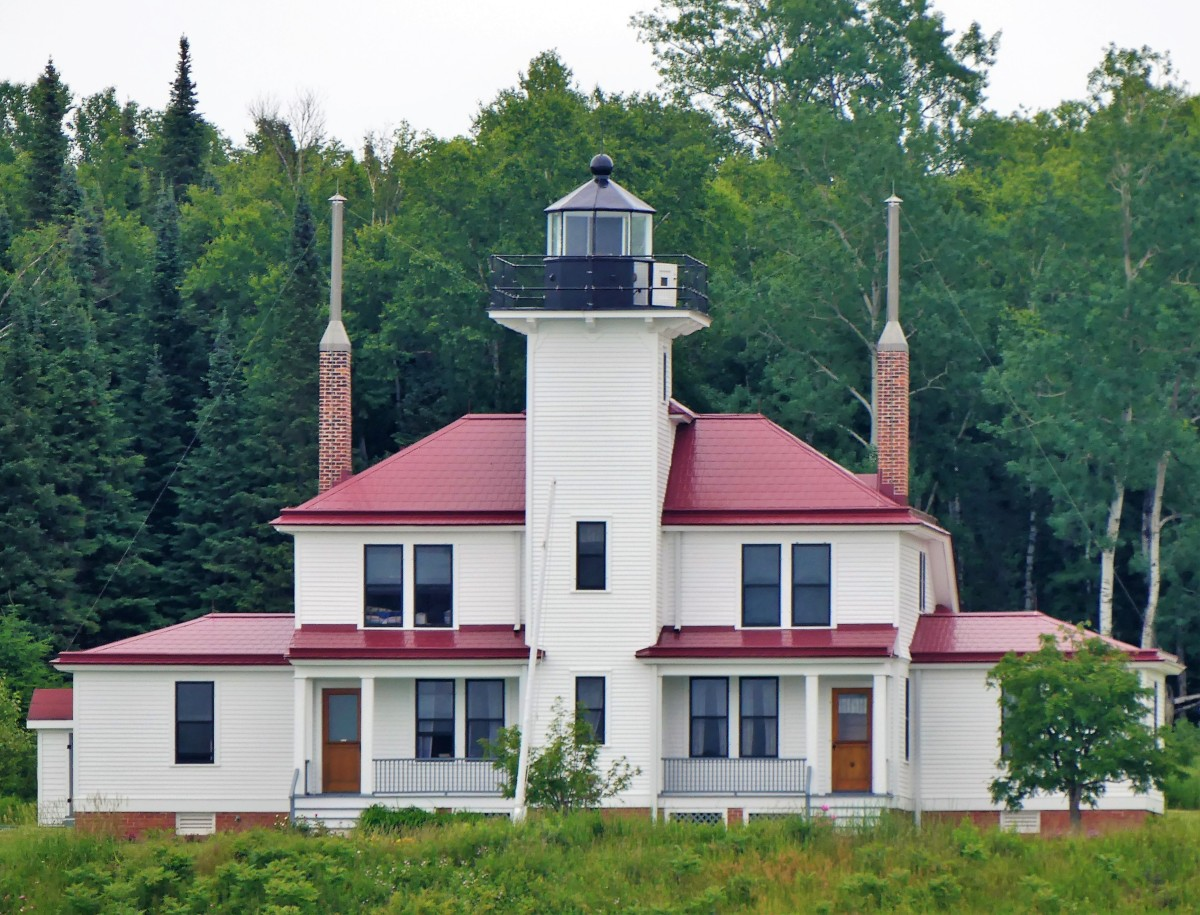 Raspberry Island lighthouse (2)