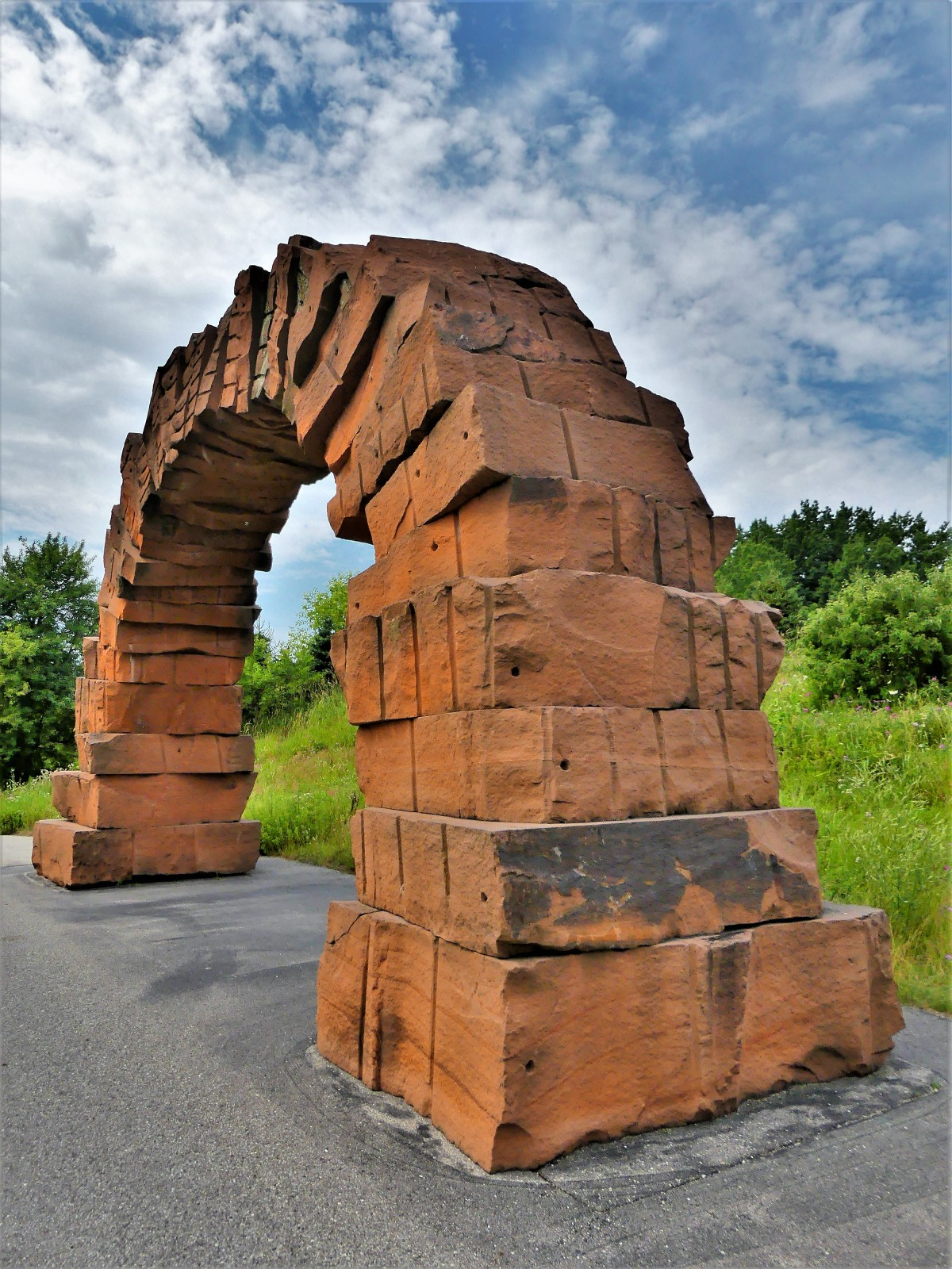Andy Goldsworthy's Grand Rapids Arch