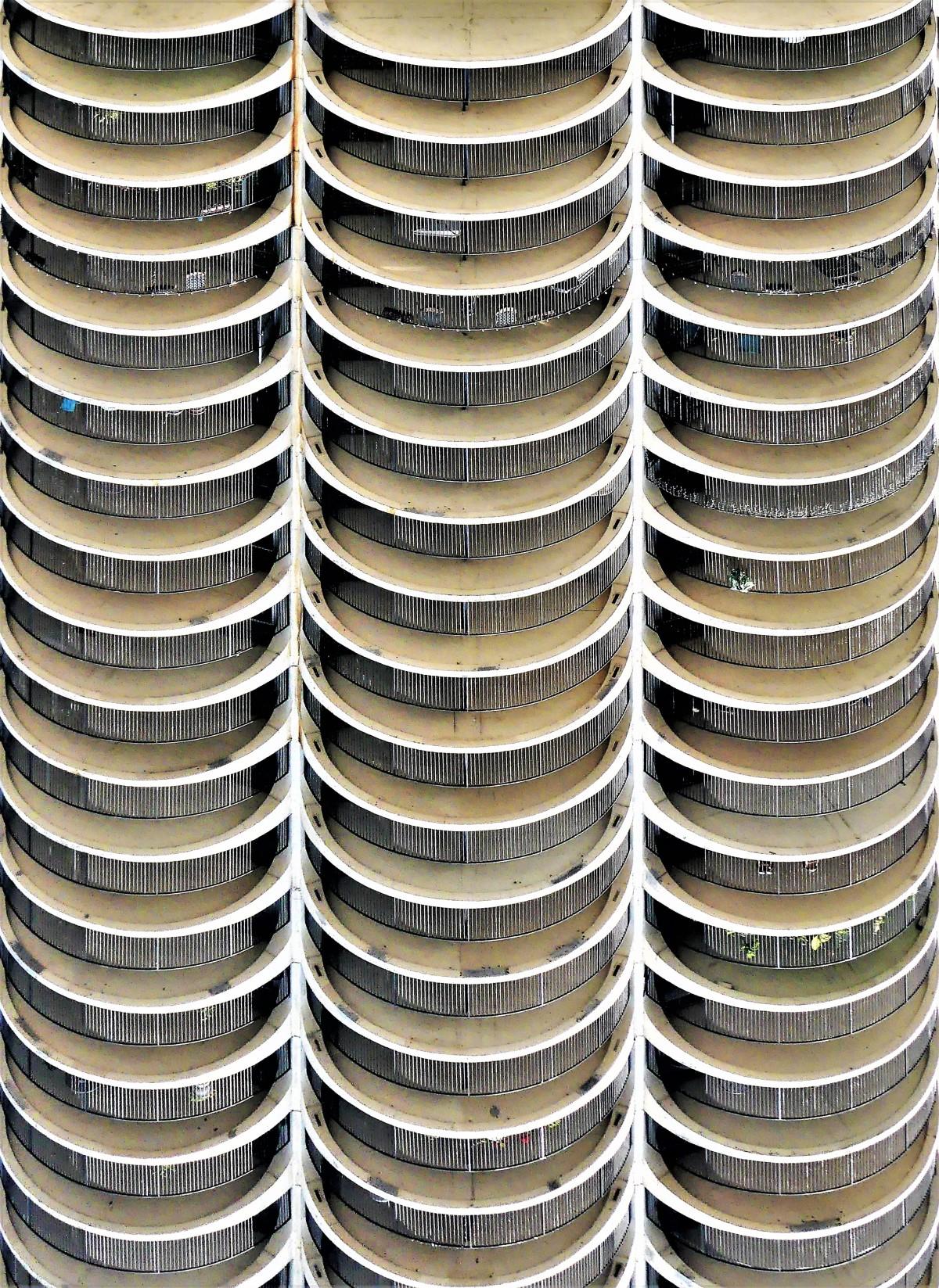 balcony arcs