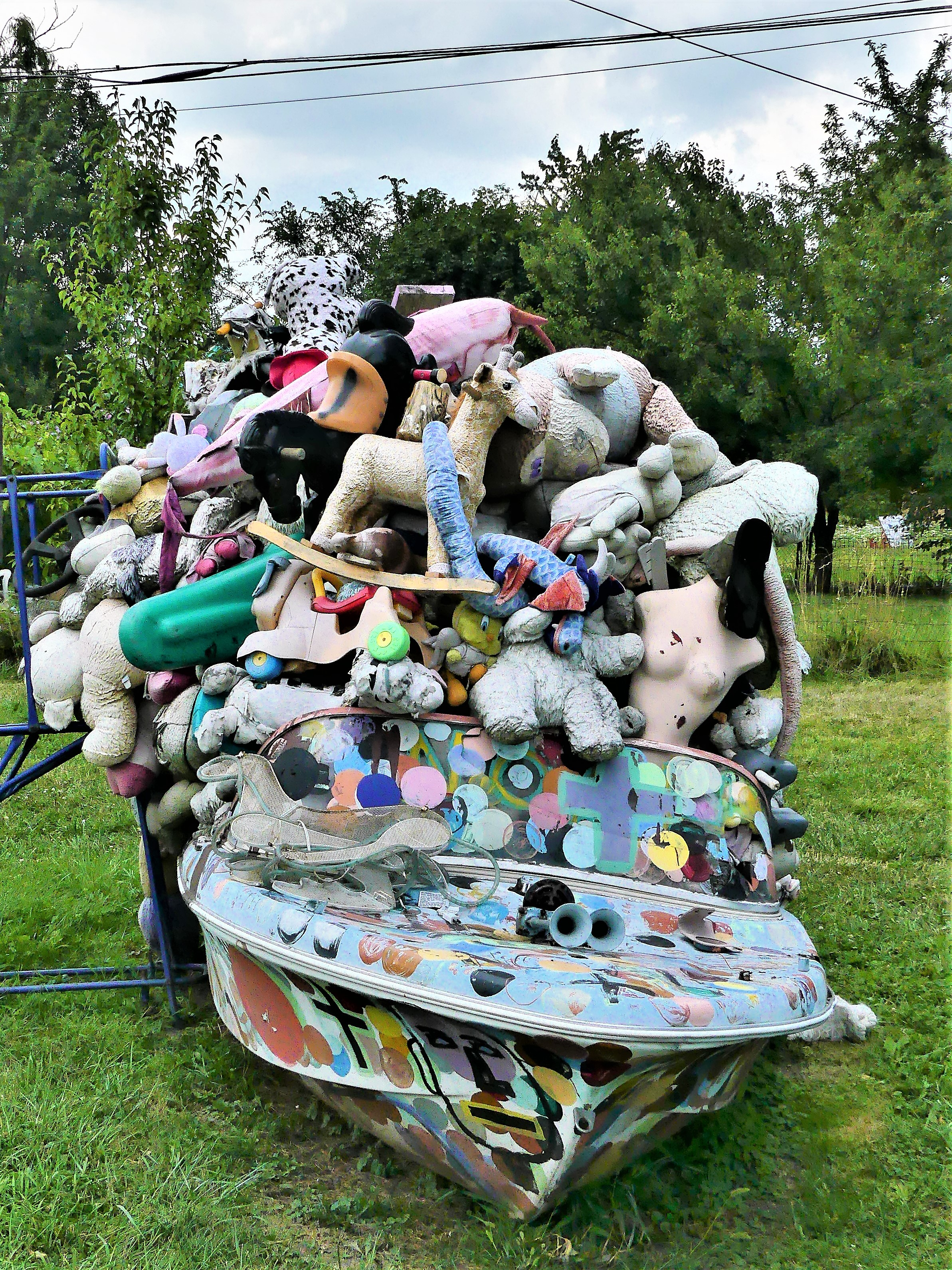 boat of toys