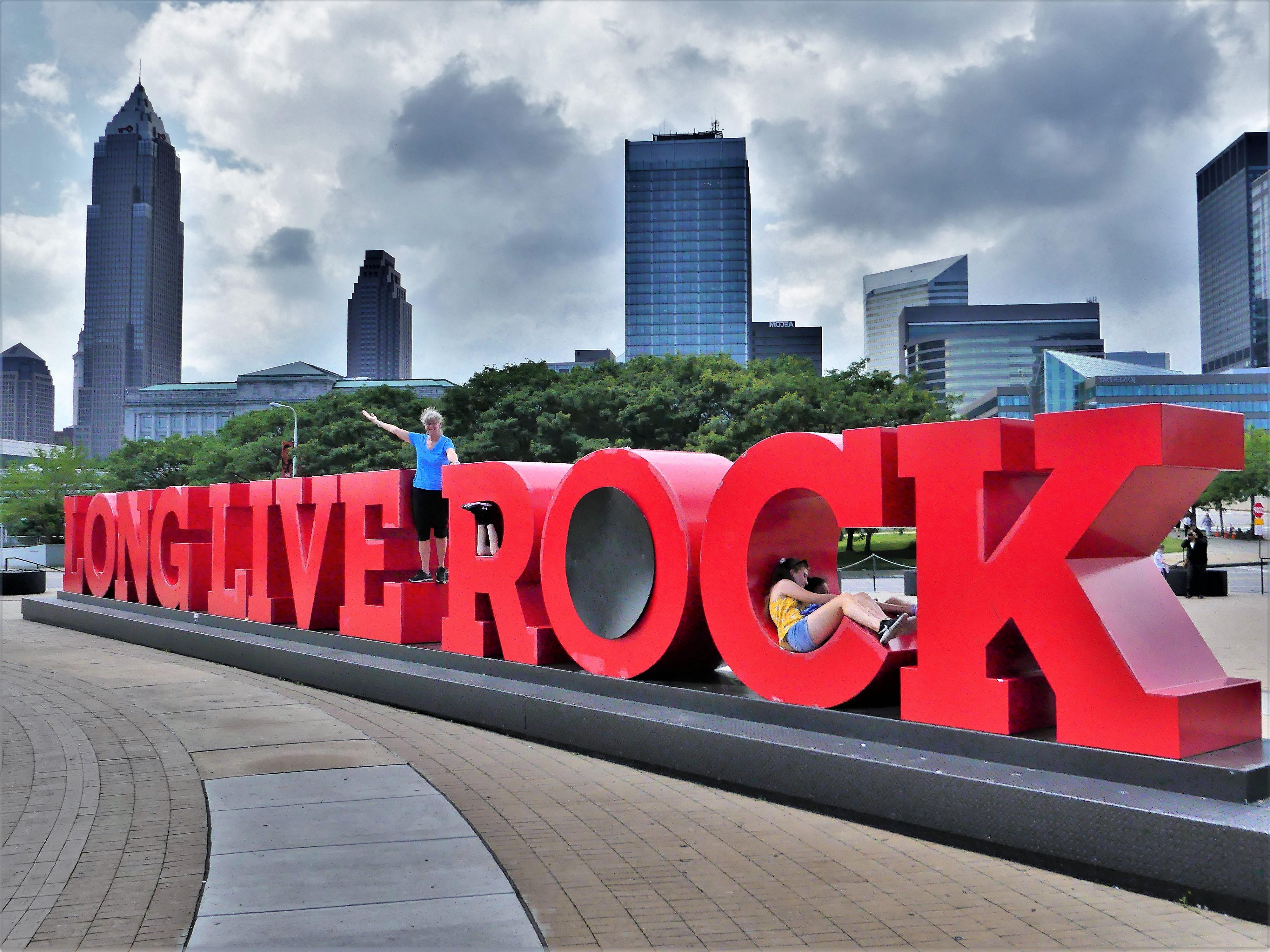 Long Live Rock Leah
