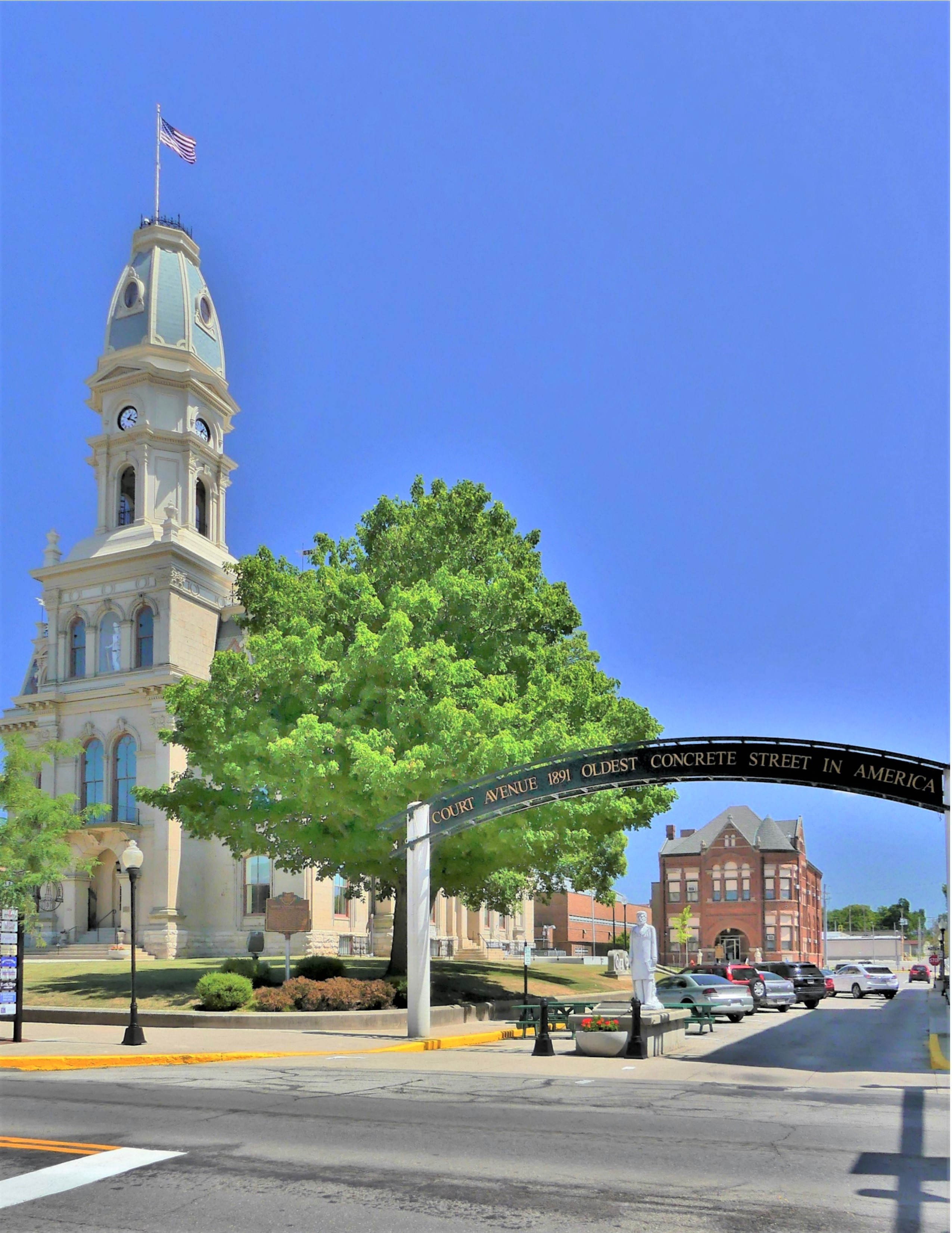 Logan County Courthouse (2)