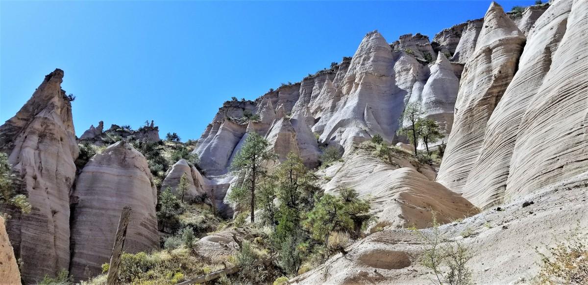 hoodoo cliff
