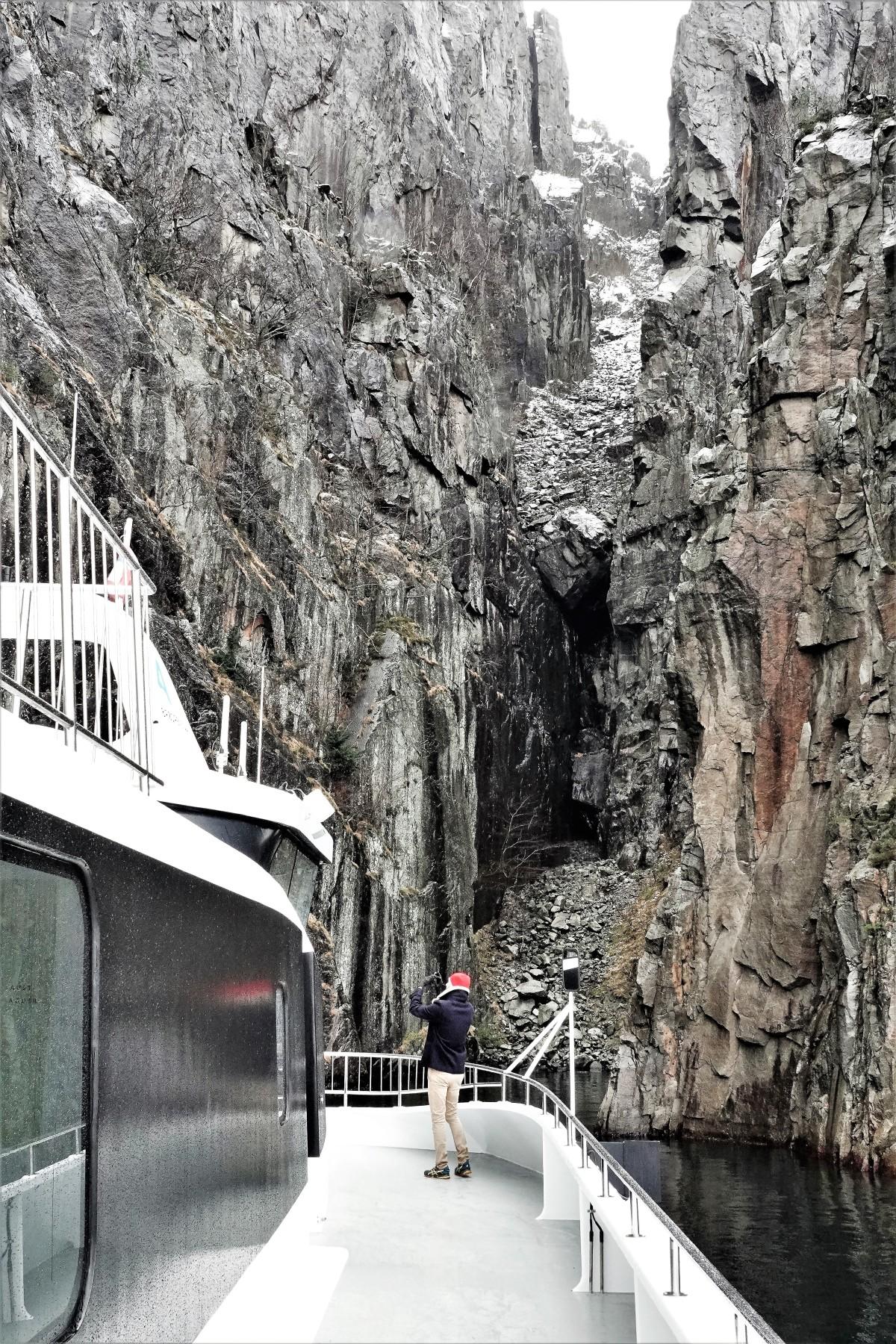 cave entrance (2)