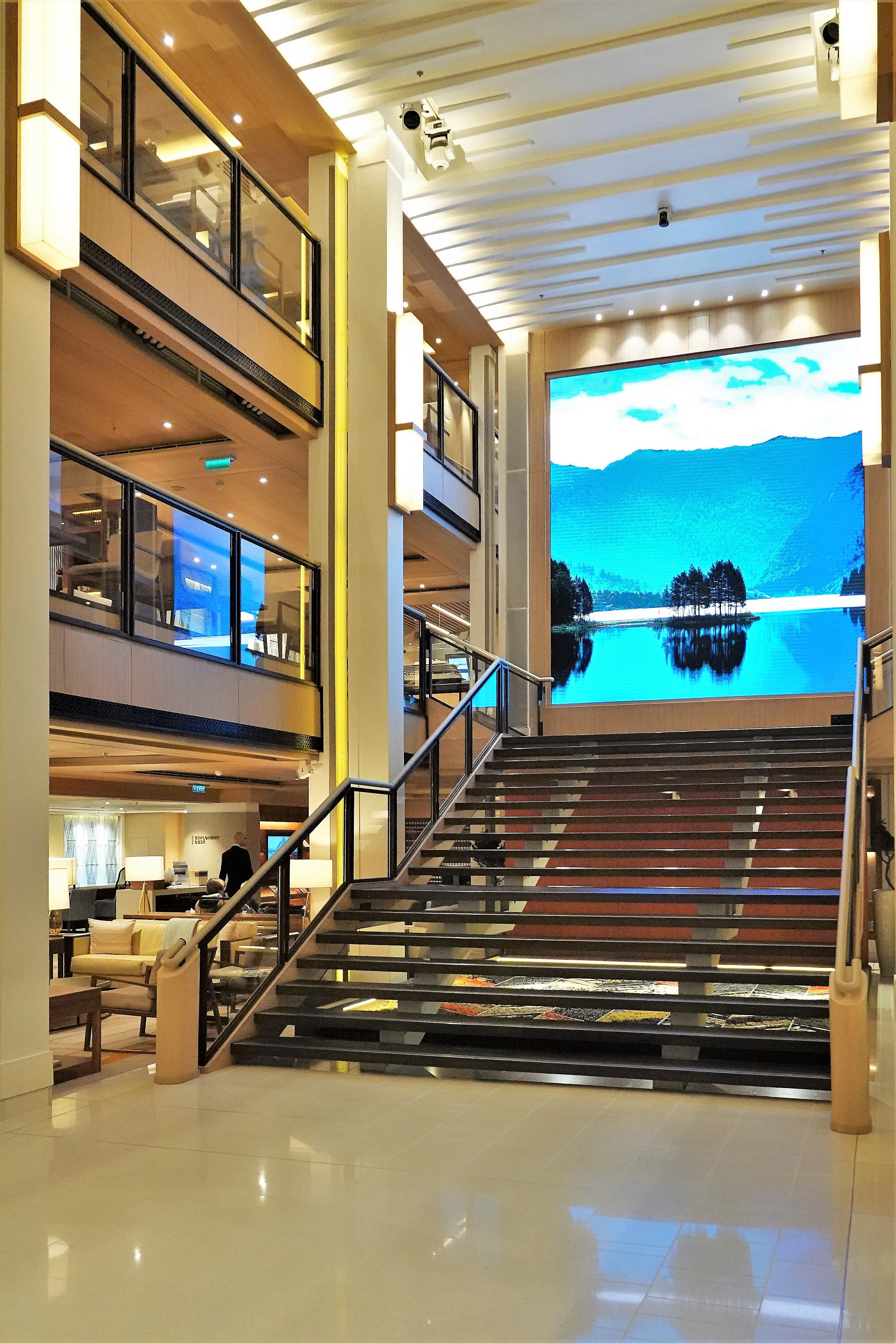 atrium staircase (2)