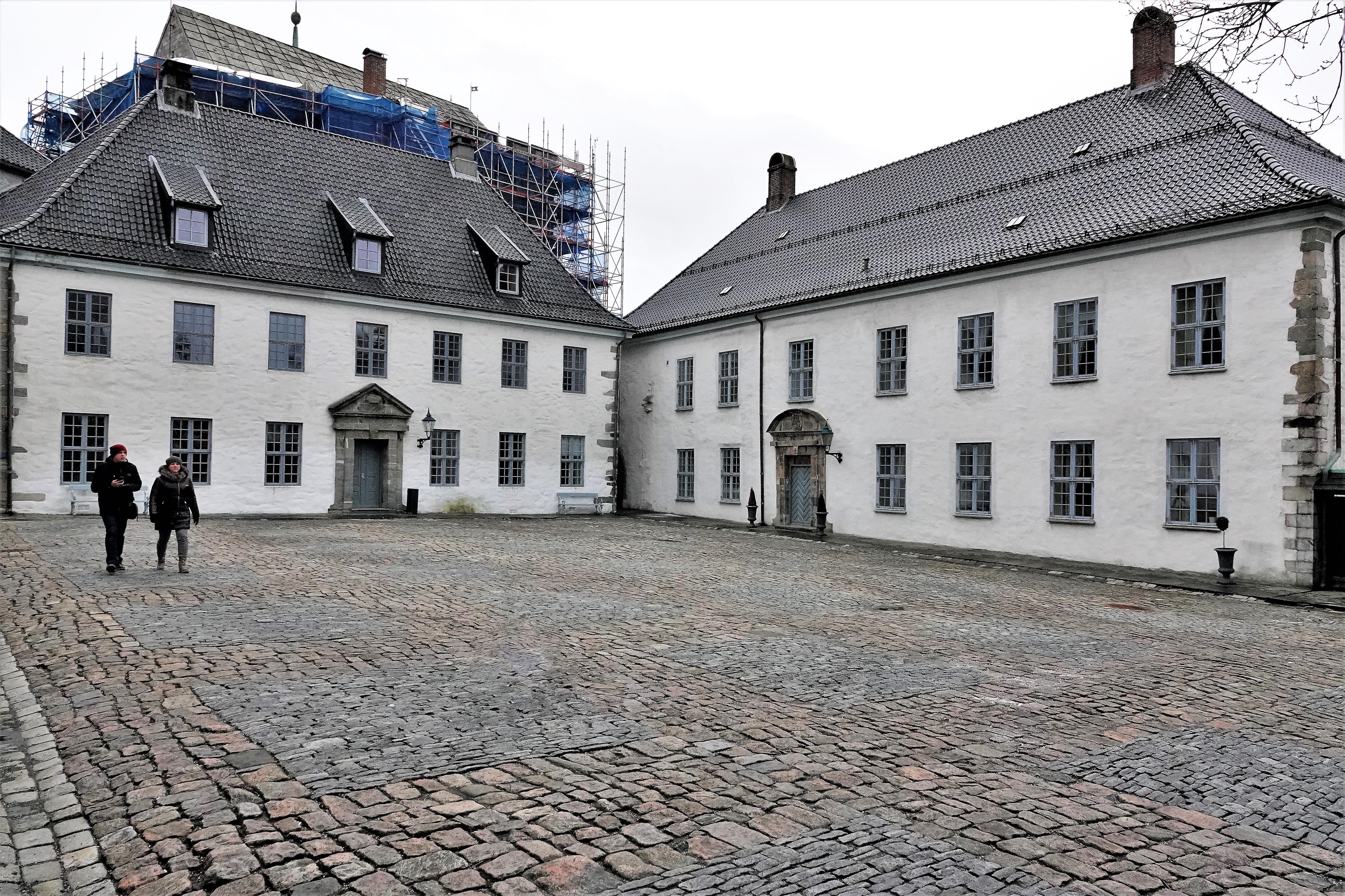 courtyard (3)