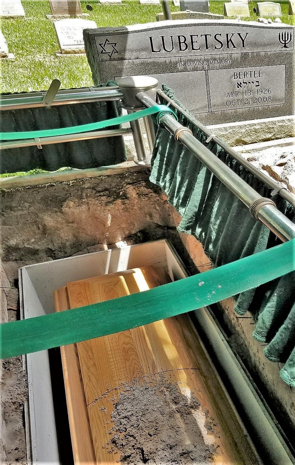 graveside (3)