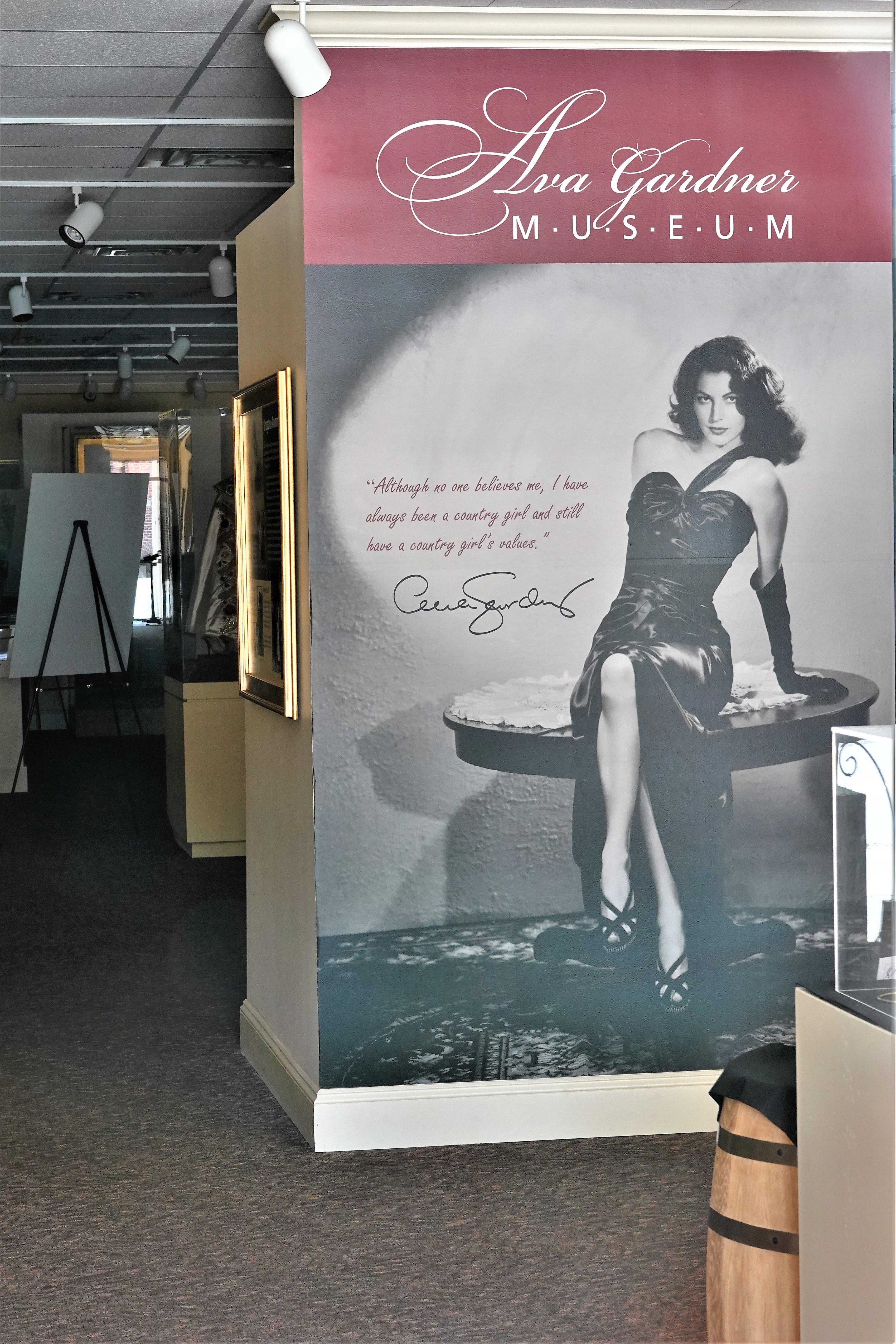 Ava Gardner interior